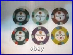 1000 Showdown 13.5g Clay Poker Chips Set with Acrylic Case Pick Chips