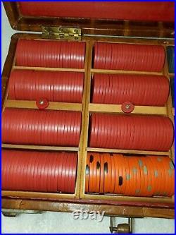 461 vtg casino CLAY BC Wills / Burt Co. POKER CHIPS SET, case SM-KEY Greek MD-87