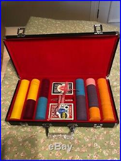 Official Clay 300 Poker Chip Set