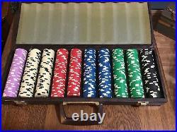 Vintage Clay Poker Chips In Orginal Case