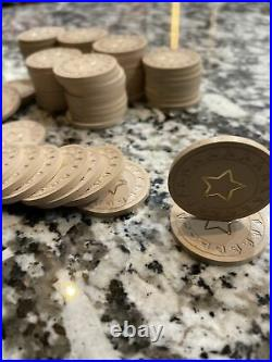 Vintage poker chips Kardwell Horsehead Right CLAY POKER CHIPS withgold star